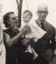 Con nonna Filomena e Nonno Pompeo