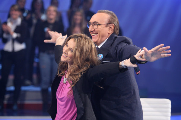 Celine Dion appears on Italian TV